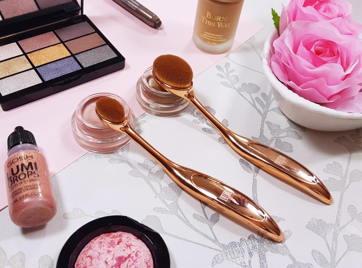 Luxe Studio Rose Gold Makeup brushes
